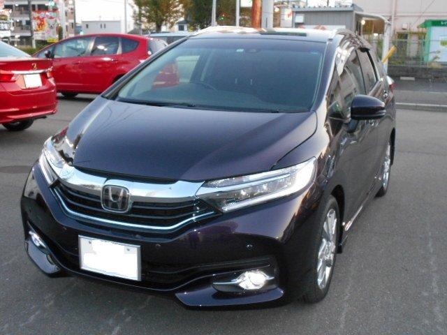 Honda シャトルHYBRID Z HondaSENSING (T/C:3HE4BN3)|岐阜東バイパス店
